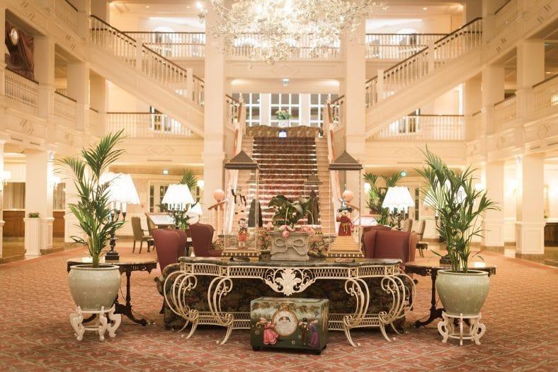 hall grand hôtel