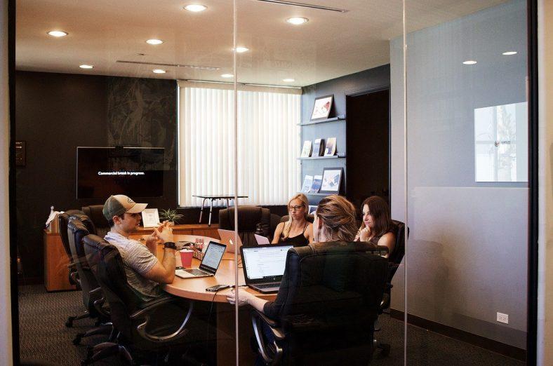 réunion de travail en entreprise